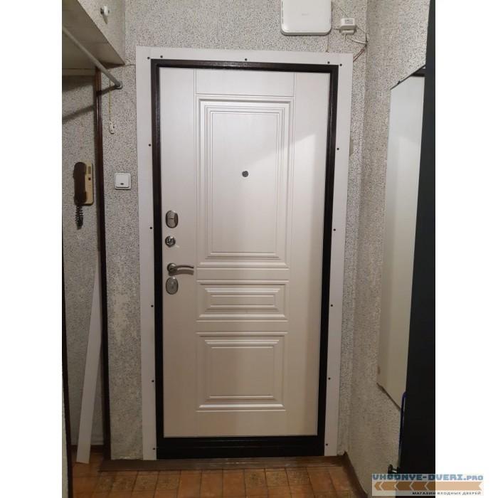 Дверь Ратибор Троя 3К Лиственница
