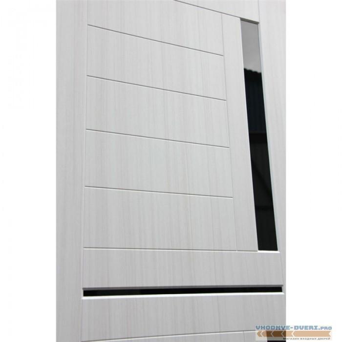 Входная дверь Лабиринт CLASSIC антик медный 02 - Сандал белый