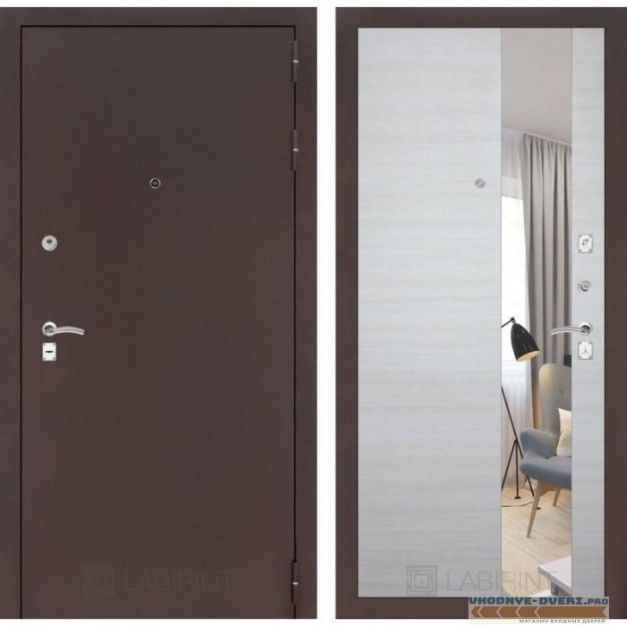 Входная дверь Лабиринт CLASSIC антик медный с Зеркалом - Акация светлая горизонтальная