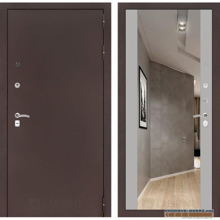 Входная дверь Лабиринт CLASSIC антик медный с Зеркалом Максимум - Софт Грей